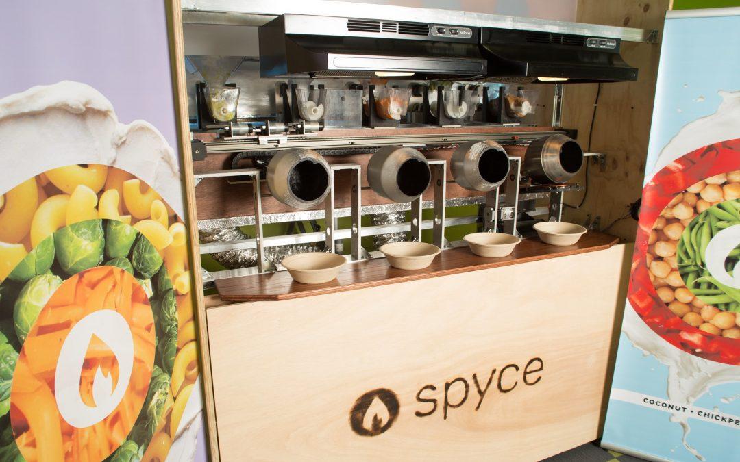 Spyce, el restaurante robotizado que prepara platos con estrella Michelin a 7€